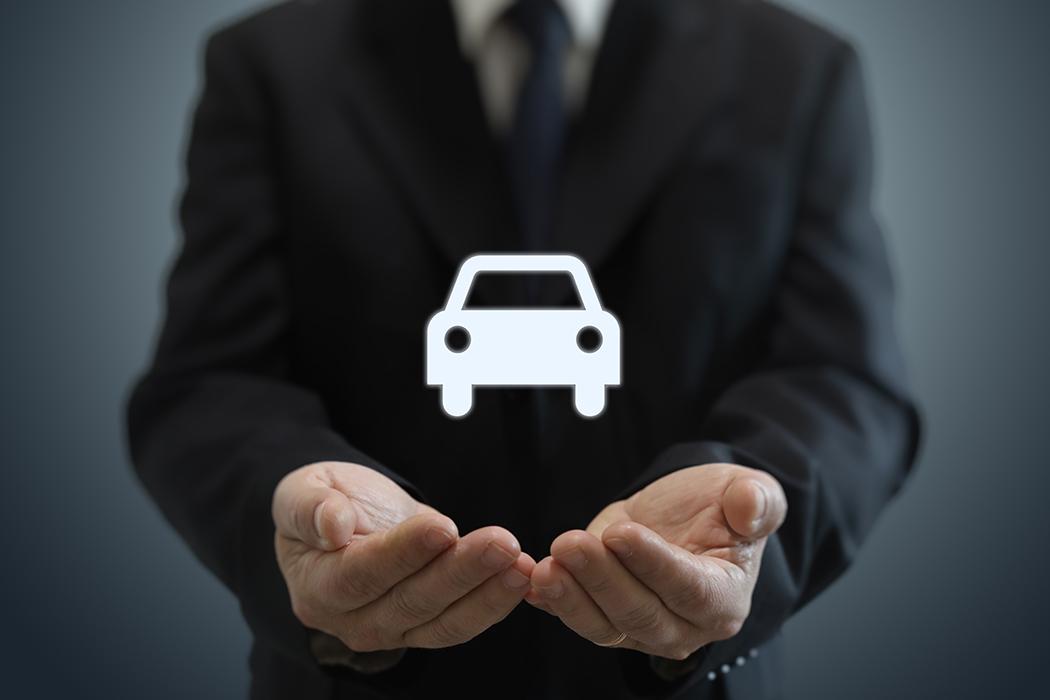 必ず加入すべき自賠責保険とは?補償内容や料金は任意保険とどう違う?